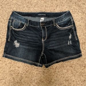 Maurices Shorts Size 16